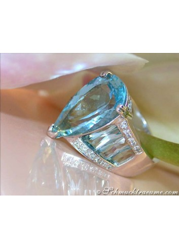 Huge Aquamarine Pear Ring with Diamonds