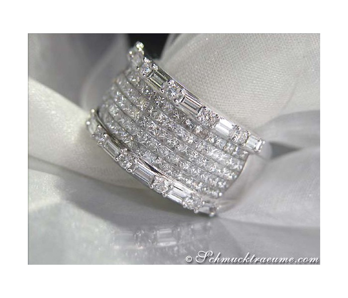 Glorious Diamond Ring (3,04 ct.)