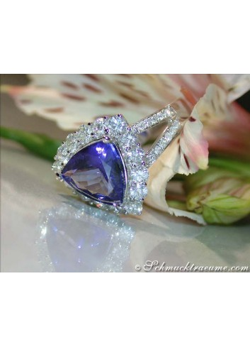 Premium Tanzanite Ring with Diamonds