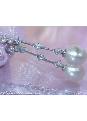 Gorgeous South Sea pearls diamonds earrings