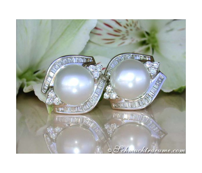 Giant Southsea Pearl Earrings with Diamonds (13,5 - 14 mm)