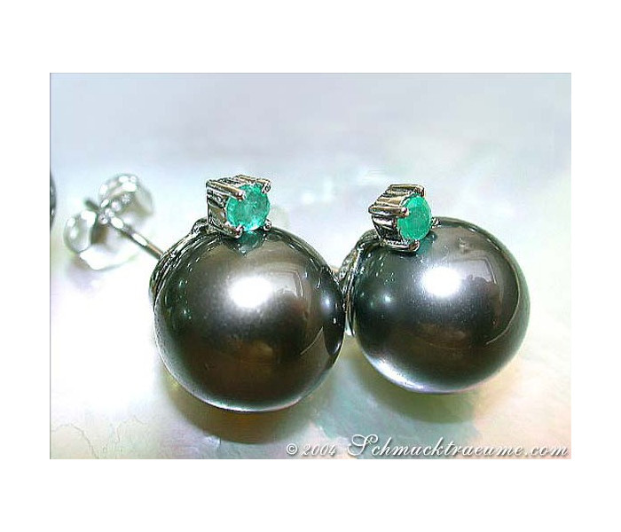Attractive Tahitian Pearl Studs with Emeralds
