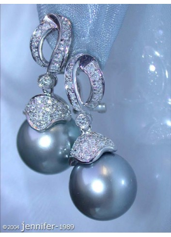 Glamorous Tahitian Pearl Diamond Earrings