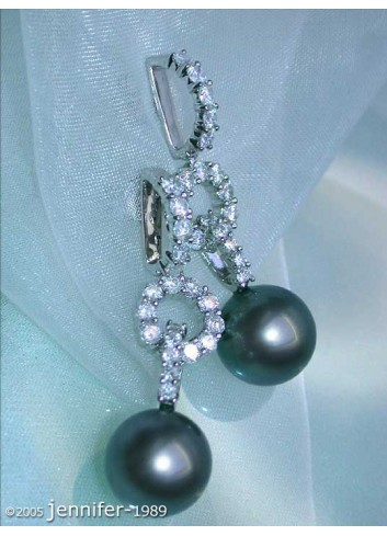 Timeless Tahitian Pearl Diamond Earrings