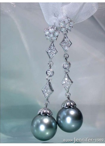Precious Diamond Dangling Earrings with Tahitian Pearls