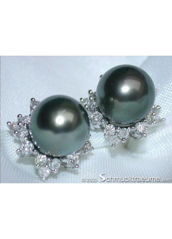 "Pretty ""Star"" Studs with Tahitian Pearls & Diamonds"
