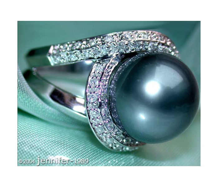 Stunning Tahitian Pearl Diamond Ring