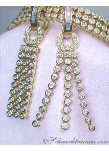 Handsome diamonds earrings