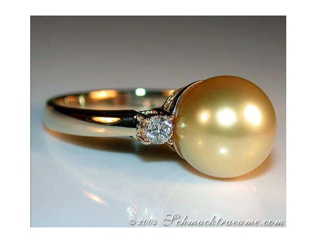 Precious Golden Southsea Pearl Ring with Diamonds