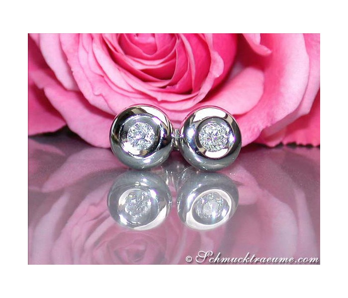 Interesting Diamond Solitaire Studs