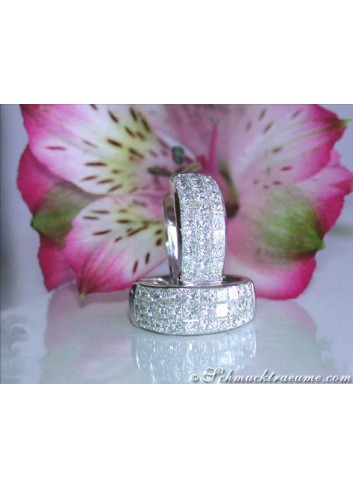 Elegant Princess Diamond Hoop Earrings in White gold 18k