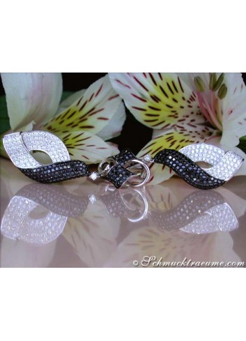 Magnificent Dangling Earrings with Black & White Diamonds