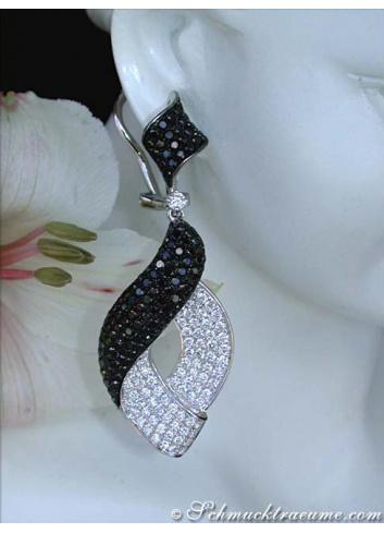 große Ohrringe mit schwarzen Diamanten