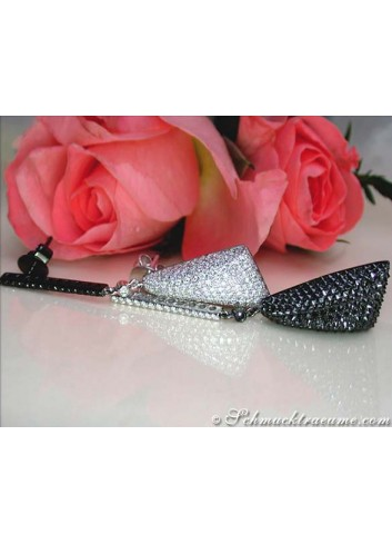Impressive Black & White Diamond Dangling Earrings