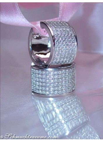 Exquisite Diamond Hoop Earrings in White gold 18k