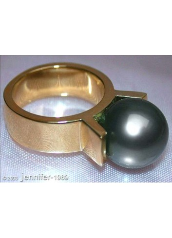 Massive Tahitian Pearl Ring in Yellow gold 14k
