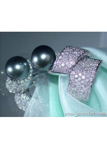 Full Massive Tahitian Pearl Diamond Ring