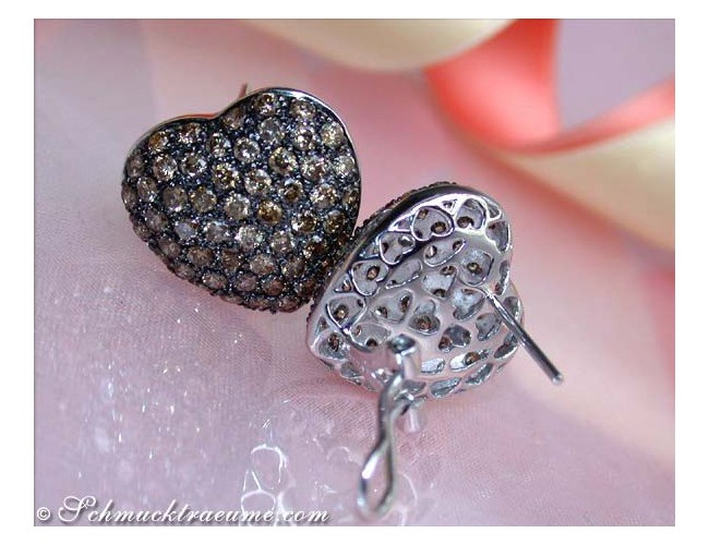 Heart shaped earrings with natural brown diamonds
