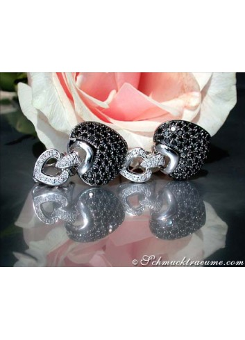 Impressive Black & White Diamond Heart Earrings