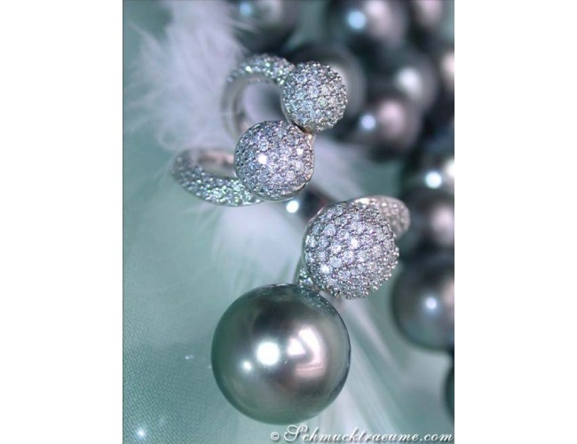 Delicate Tahitian Pearl Ring with Diamonds