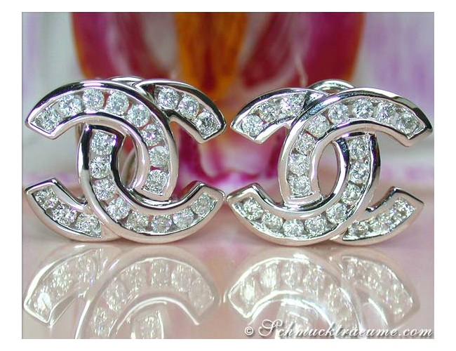 Pretty Double C Diamond Earrings in White gold