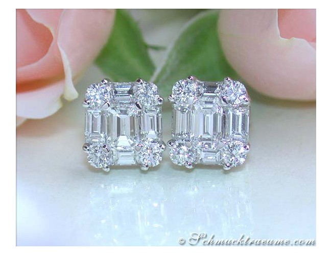 Elegant Diamond Studs with Baguette Diamonds