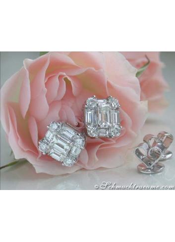 Elegant Diamond Studs with Baguette Diamonds