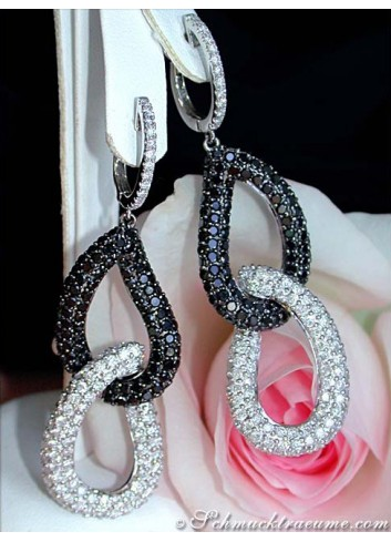 Superior Black & White Diamond Dangling Earrings