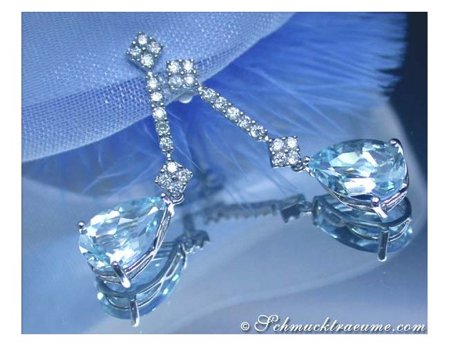 Enchanting Aquamarine Diamond Earrings