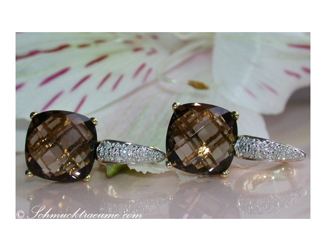 Pretty Smoky Quartz Diamond Earrings in Yellow gold