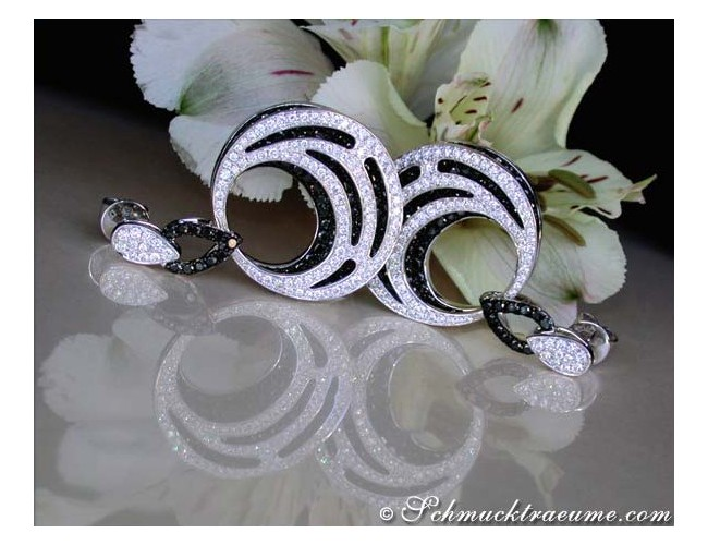 Luxurious Dangling Earrings with Black & White Diamonds
