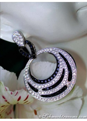 Luxurious Dangling Earrings with Black & White Diamonds