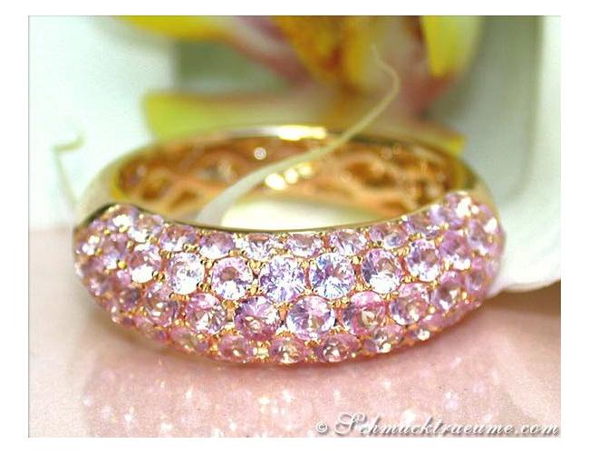 Edler Rosa Saphir Pavé Ring in Gelbgold 585