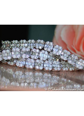 Exclusive Diamond Necklace (14.50 ct.)