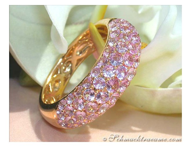 Rosa Saphir Pavé Ring in Gelbgold 585