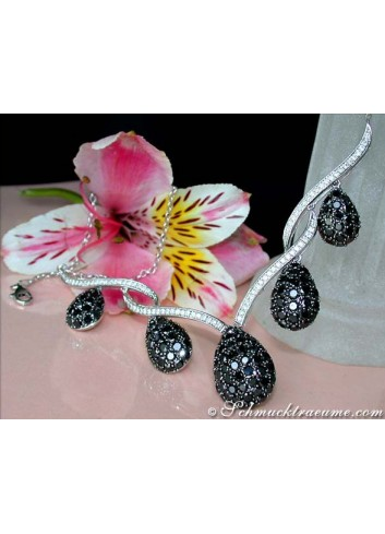 Extraordinary Black and White Diamond Necklace