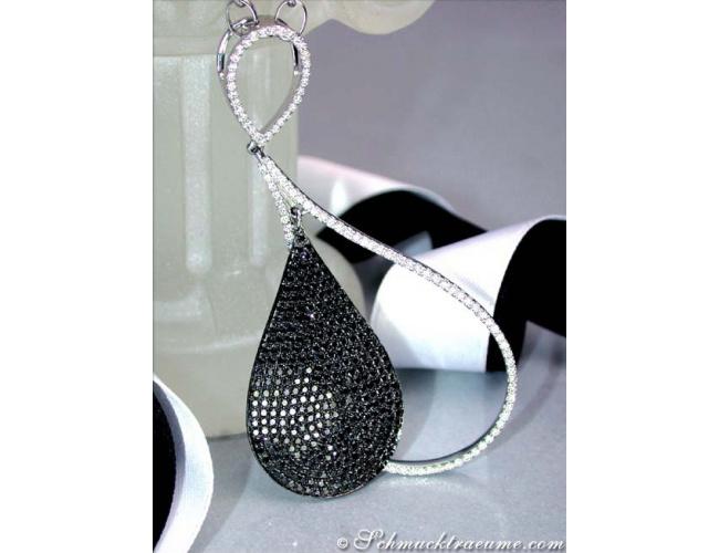 Halskette mit schwarzen Diamanten