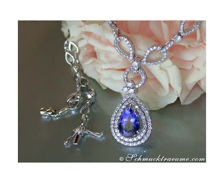 Beautiful Tanzanite Necklace with Diamonds
