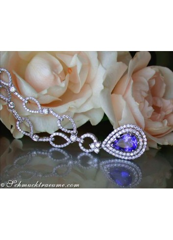 Beautiful Tanzanite necklace with diamonds