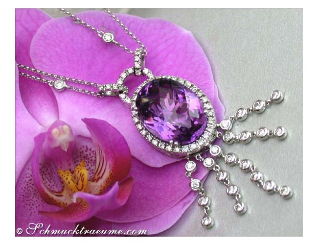 Wonderful Amethyst Necklace with Diamonds