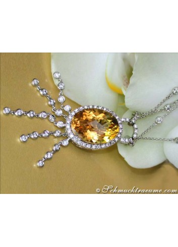 Attractive citrine necklace with diamonds
