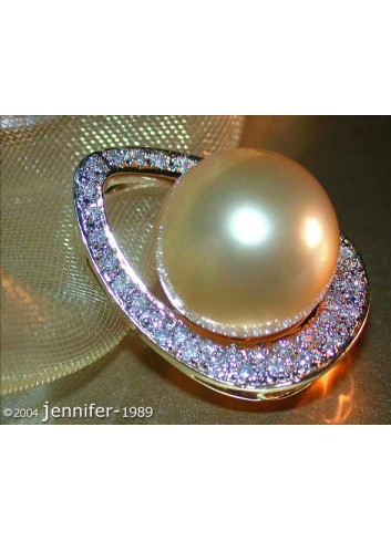 Golden Southsea Pearl Pendant with Diamonds (Mikimoto Design)