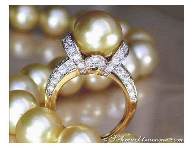 Gorgeous Golden Southsea Pearl Diamond Ring