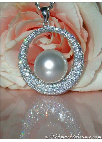 Terrific Southsea Pearl Pendant with Diamonds