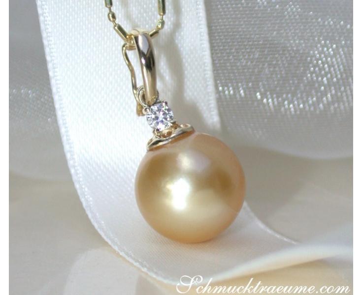 Pretty Golden Southsea Pearl Pendant incl. Chain