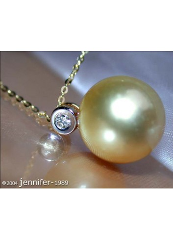 Timeless Golden Southsea Pearl Pendant incl. Chain