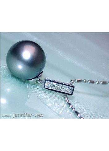 Precious Classy Tahitian Pearl Pendant with Diamonds in White gold 18k
