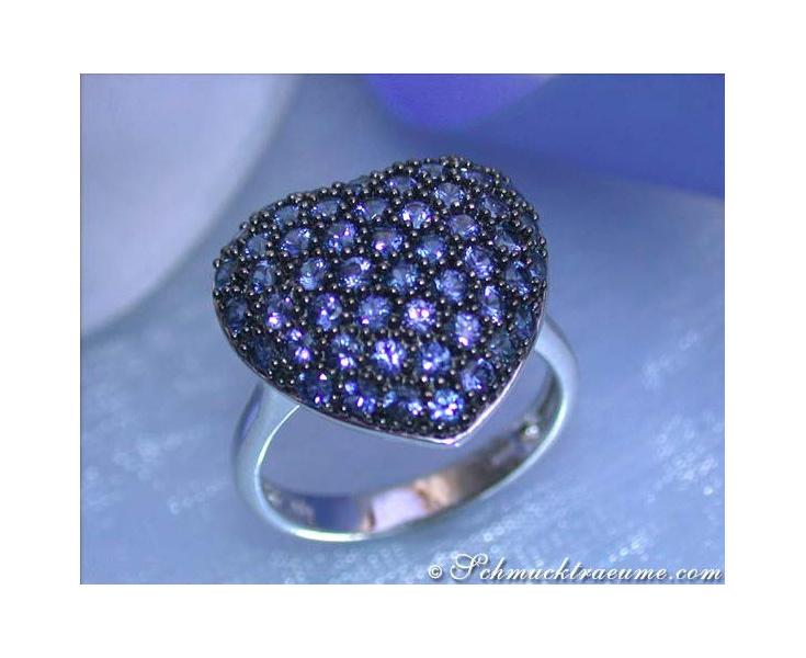 Pretty Sapphire Heart Ring