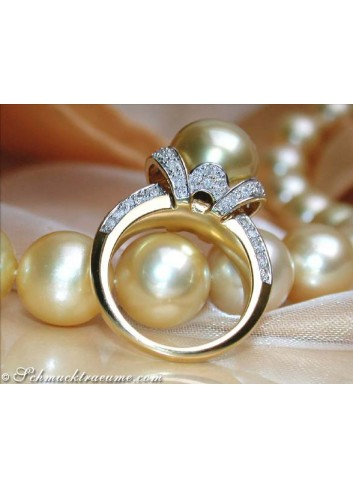 Gorgeous Golden Southsea Pearl Diamond Ring (Collar Style)