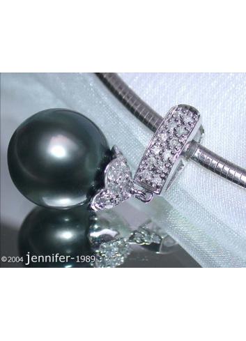 Classy Tahitian Pearl Pendant with Diamonds